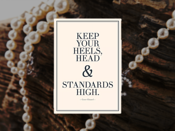 "Holzschild Coco Chanel ""Keep Your Heels"""